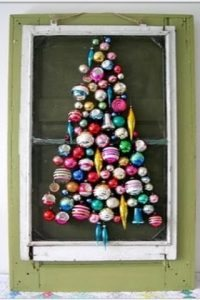 albero-di-natale-con-palline-colorate
