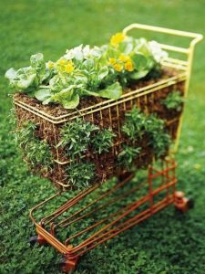 recycled-furniture-garden-7__700